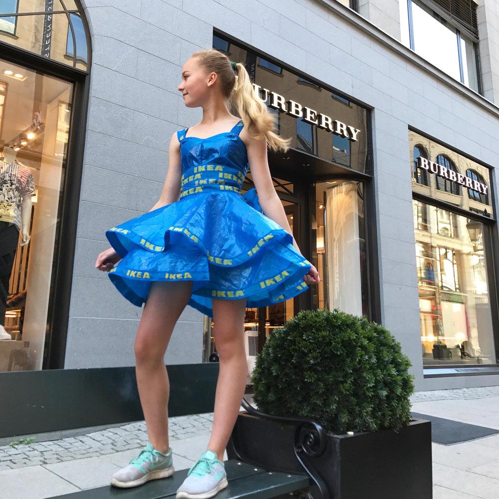 Amalie gir nytt liv til gamle klede